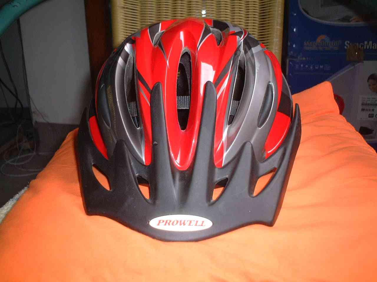 出prowell f35头盔